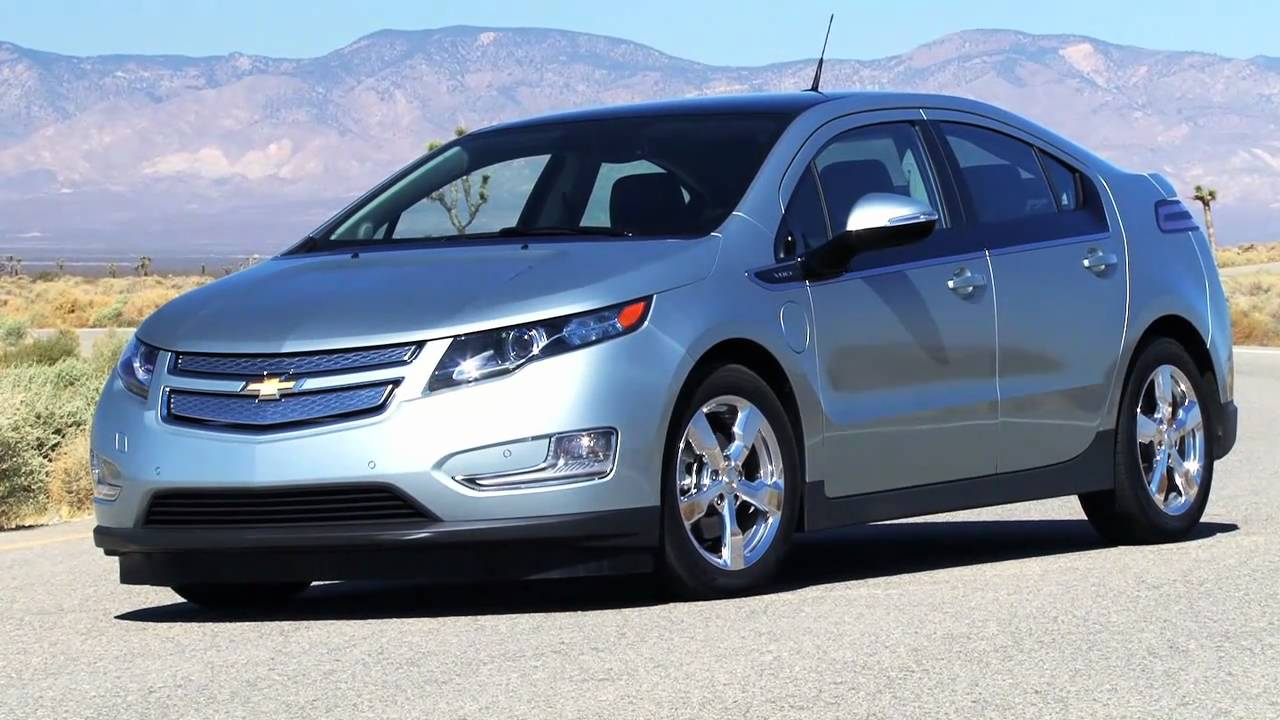 Chevrolet volt wins 2011 motor trend car of the year for Motor trend channel youtube