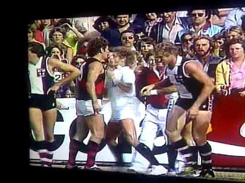 phil carmen headbutts umpire