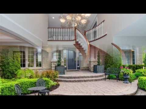 Gorgeous House For Sale In Whitby, Ontario