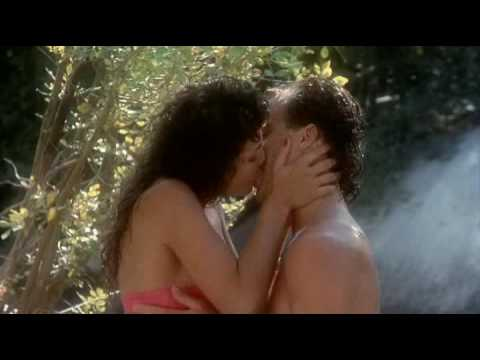 Leif Garrett kissing: Cheerleader Camp
