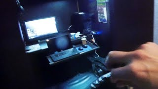 I Spent a Night at an Internet Cafe in Tokyo