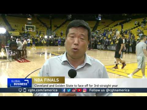 golden-state-warriors-take-on-cleveland-cavilers-at-first-night-of-nba-finals