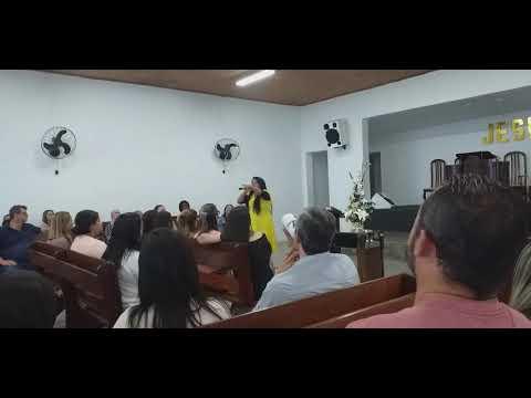 Cantora marissonia em Garanhuns