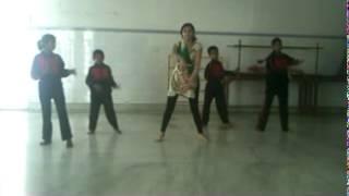 EVAD Students (deaf and dumb) dancing on a popular bollywood song Deedar De