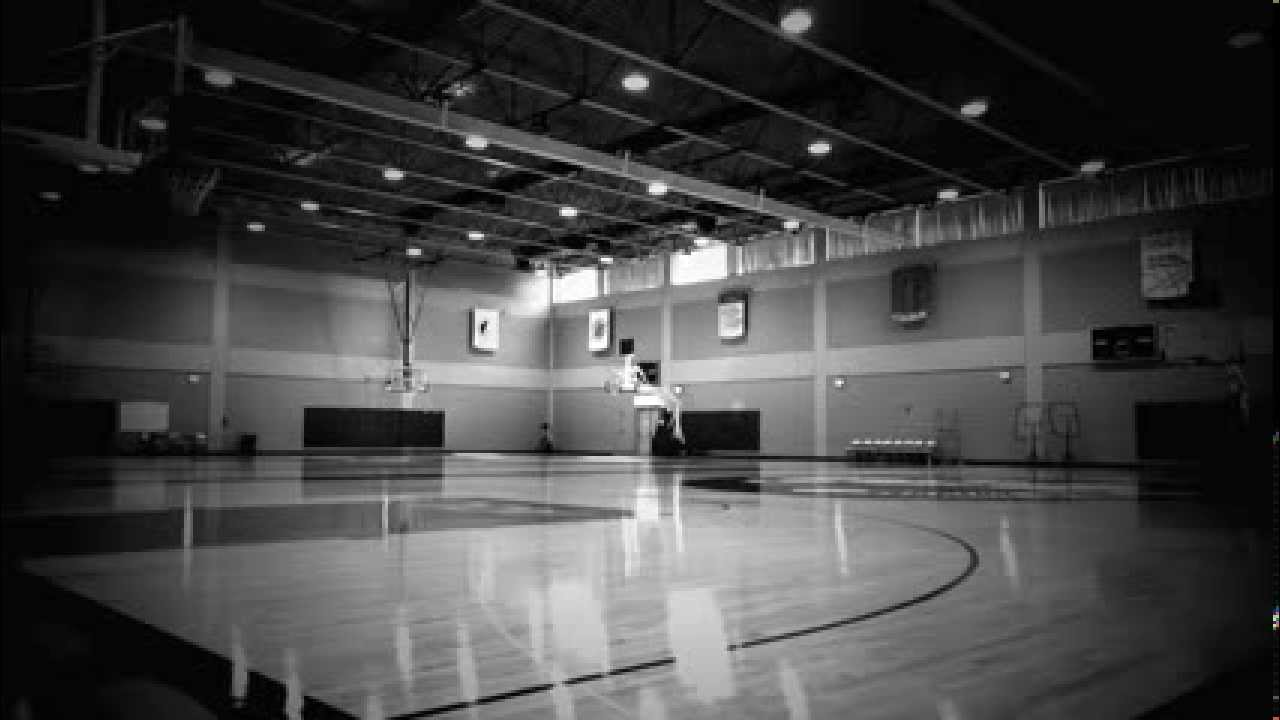 An empty gym. - YouTube