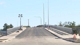 Empresa Azvi arreglará errores detectados en Puente Cau Cau thumbnail