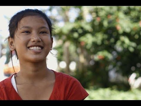 Après l'urgence du typhon, la nouvelle vie de Réane aux Philippines on YouTube