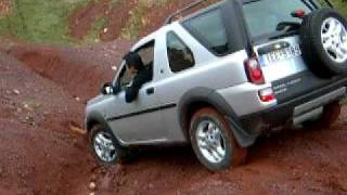 LAND ROVER FREELANDER OFF ROAD NIKOS