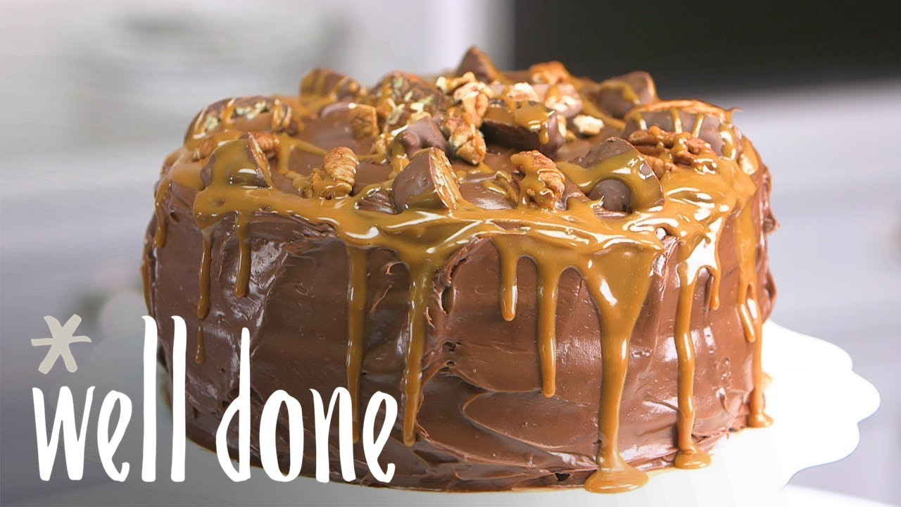 Easy Homemade Chocolate Turtle Cake: How To Make Chocolate Turtle Cake