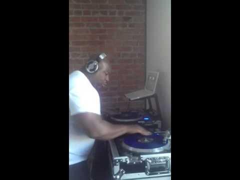 Detroit's Own DJ SURGEON Warm Up!