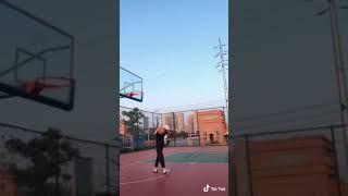 Những pha chơi bóng rổ hay nhất ở tik tok
