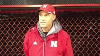 Mike Riley talks following Thursday's practice