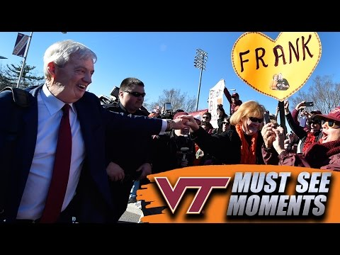 VT's Frank Beamer Honored Before Final Home Game