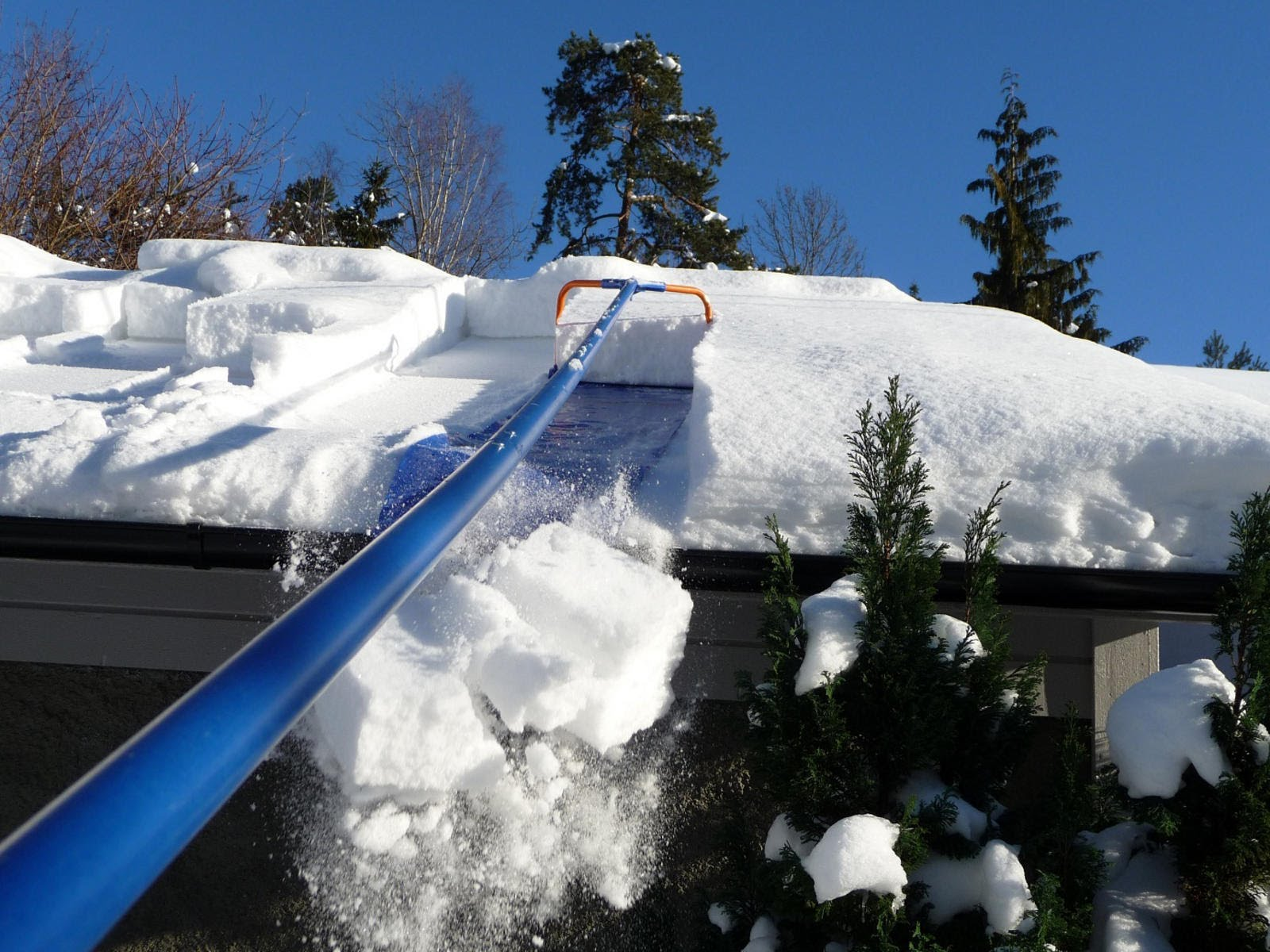 Commercial Flat Rooftop Snow Removal Service Ct Affordable Rates Reviews Roofing Companies