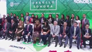 Entrega Gobernadora Pavlovich Premio Estatal de la Juventud 2017