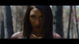 Смотреть клип Aya Nakamura - Oumou Sangaré