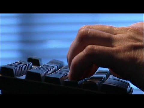مايكروسوفت تكشف عن هجمات قرصنة شنتها مجموعة مرتبطة بروسيا على أوروبيين…  - 16:54-2019 / 2 / 20