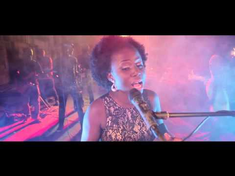 "Diana Hamilton ""Yehowah Behwe"" Official Music Video"