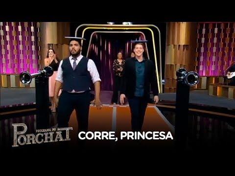 Porchat e Paulo Vieira usam salto alto no jogo Corre, Princesa