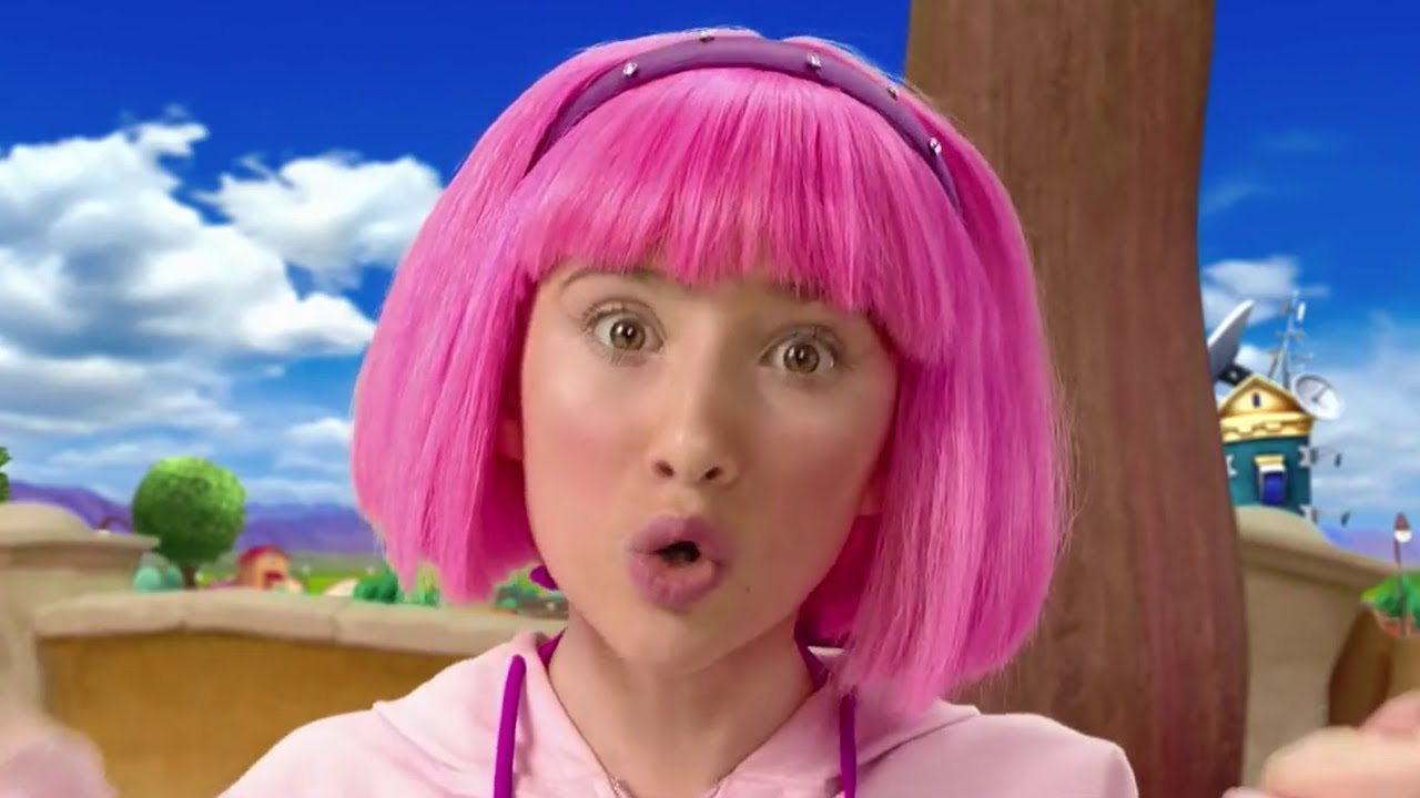 Lazy Town Stephanie And Sportacus Sing I Can Dance Music Video Lazy Town Songs For Kids