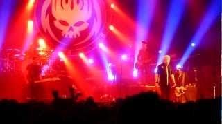 The Offspring - Hurting As One/All I Want/Come Out And Play (Live In Montreal)