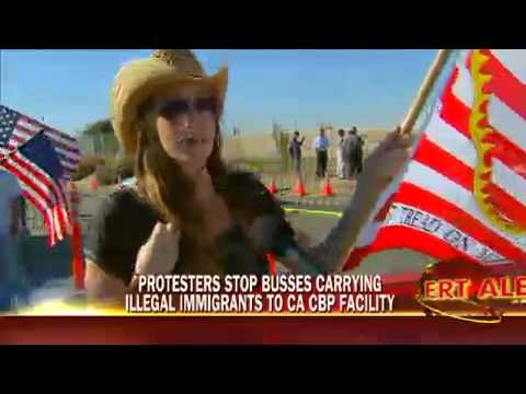 Plane Carrying Illegal Immigrants Lands In San Diego