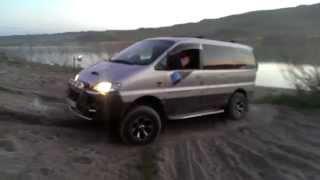 Hyundai Starex 4X4 и песчаный подьем(, 2014-05-08T15:33:48.000Z)