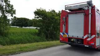 P1 TS 02-4631 komt aan bij brand Pietersbierum