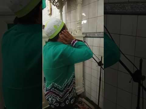 Qori Wardiansyah asal Martapura Adzan Magrib @ Mesjid As Shulaha Kab HST Barabai Kal Sel Banjarmasin