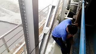 जान पर खेल कर लोको पायलट ने TORSA BRIDGE  पे चैन पुल्लिंग पर खड़ी अगरतला-हबीबगंज एक्सप्रेस बचाया