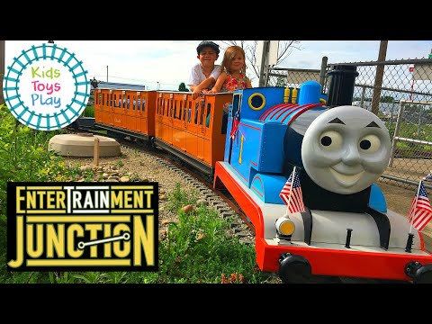 EnterTRAINment Junction | World's Largest Model Railroad Display