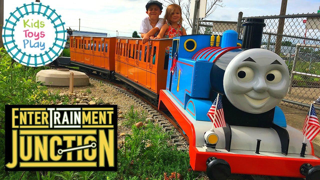 EnterTRAINment Junction | Worlds Largest Model Railroad Display