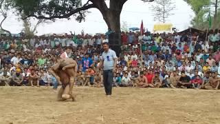 नेपाल के थापा पहलवान को किया 2 मिनट में चित