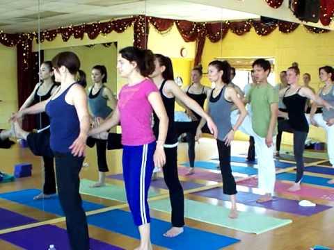 Vinyasa Flow Yoga Class with Courtney Munch