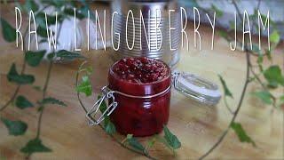 DIY: Raw lingonberry jam