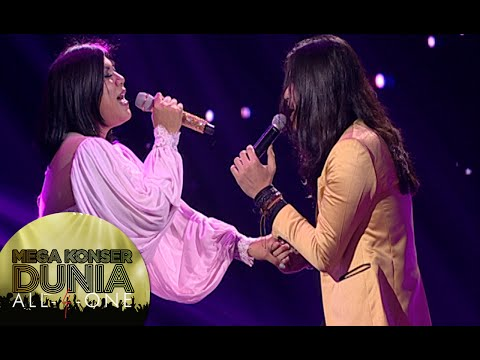Romantisnya Regina Feat Virzha dengan lagu 'Biar Menjadi Kenangan' [Mega Konser Dunia] [14 des 2015]