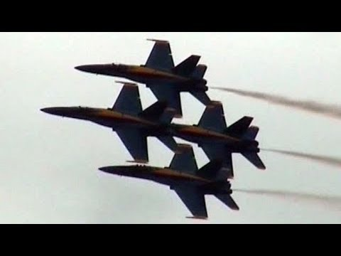 Blue Angels Spectacular Show with Tire Blowout of Blue Angel #5!!!
