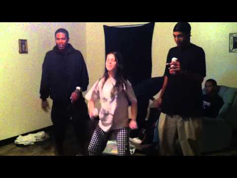 AUTHENTIC ENTERTAINMENT OKC'S  L-1,RAY RAY, BC PLAY MICHEAL JACKSON ON WII