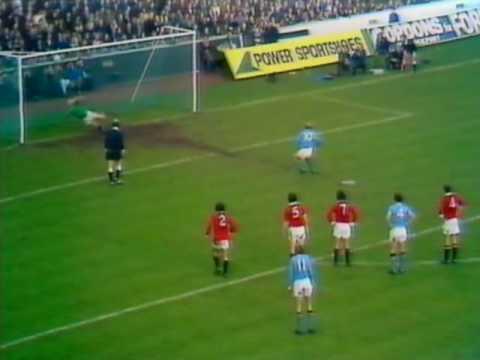[71/72] Manchester City v Manchester Utd, Nov 6th 1971