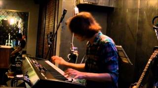 """Microwave - """"Tìm lại"""" (Finding) - LIVE piano cover by Huan Tran"""