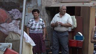 Շքամուտքում՝ բնակարանից վտարված․ Դավթյանները պահանջում են վերադարձնել իրենց բնակարանը