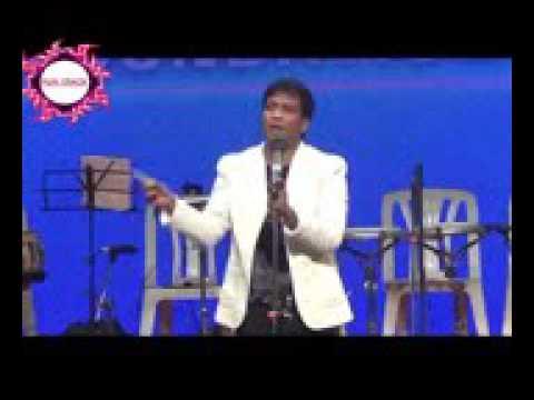 Sunil Pal Mimicking Narendra Modi Arvind Kejriwal  Rahul Gandhi  Funny Video