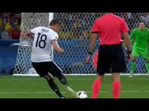 Евро 2016  Германия   Украина 2-0  Обзор матча, голы: Швайнштайгер, Мустафи