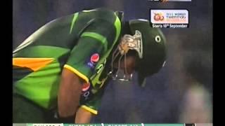 vuclip Nasir Jamshed 97 [98 balls] vs Australia at Abu Dhabi
