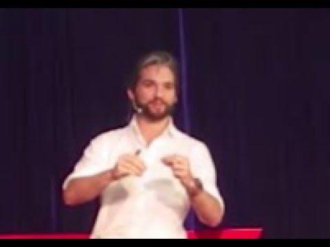 Trends of Hardware Startups | Eduardo Gallo | TEDxSMICSchool