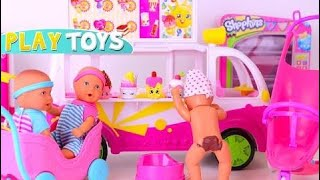 Baby Doll Potty training - barbie baby doll eat ice cream & poop - fun potty bath time by Play T HD