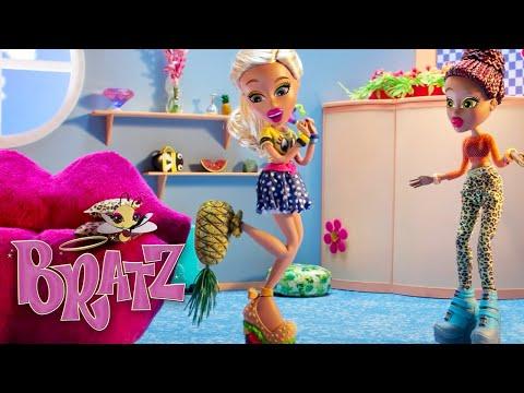 Fashion Faux Pas? If the Shoefie Fits | Webisodes - Episode 6 | Bratz