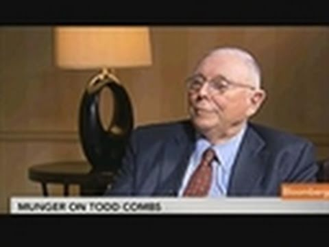 Charles Munger Says He Doesn't Check Combs's Portfolio