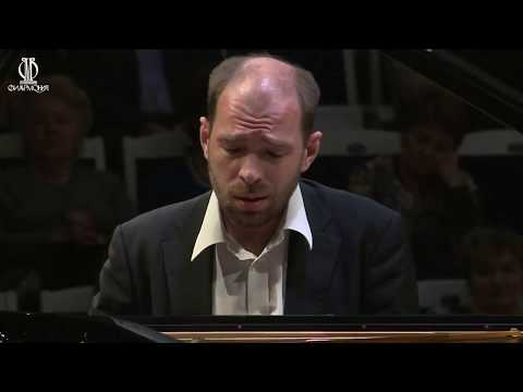 Rachmaninov - Rhapsody on a theme by Paganini op.43 - Andrei Korobeinikov / Vladimir Fedoseyev