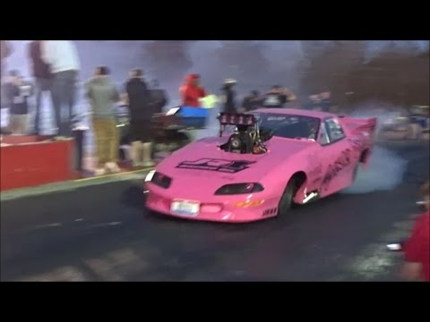 "Disco Dean ""Stinky Pinky"" vs Birdman & Bird Boyz Racing at Fat Tuesday"